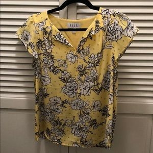 Tops - Flowery blouse